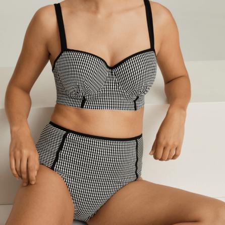 Conjunto Bikini Atlas, copa bustier y braga alta, Primadonna Swim. Verano 2020